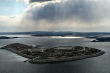 Spectacle_Island_in_Boston_Harbor